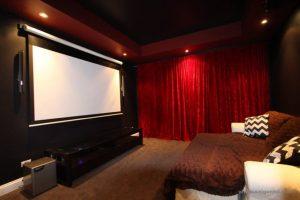 phòng xem phim cho cặp đôi là nơi hẹn hò lý tưởng