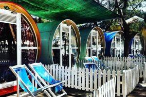 khách sạn ống cống tại khu du lịch gió biển