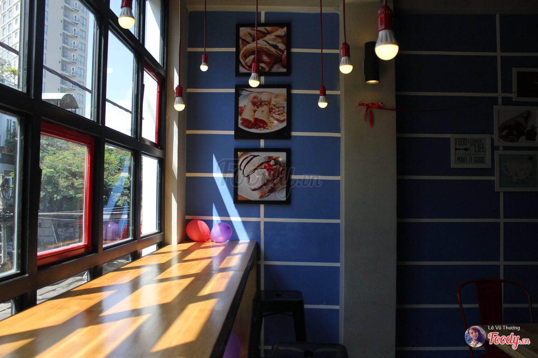 dn-8-quan-cafe-background-ton-sur-ton-don-tim-cac-tin-do-song-ao-13