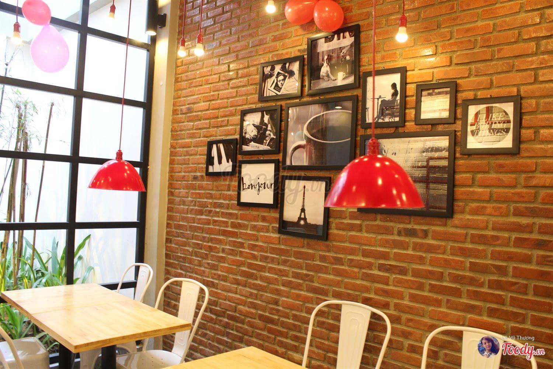 dn-8-quan-cafe-background-ton-sur-ton-don-tim-cac-tin-do-song-ao-14