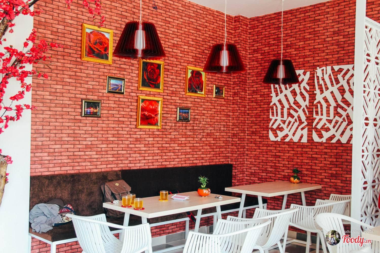 dn-8-quan-cafe-background-ton-sur-ton-don-tim-cac-tin-do-song-ao-25