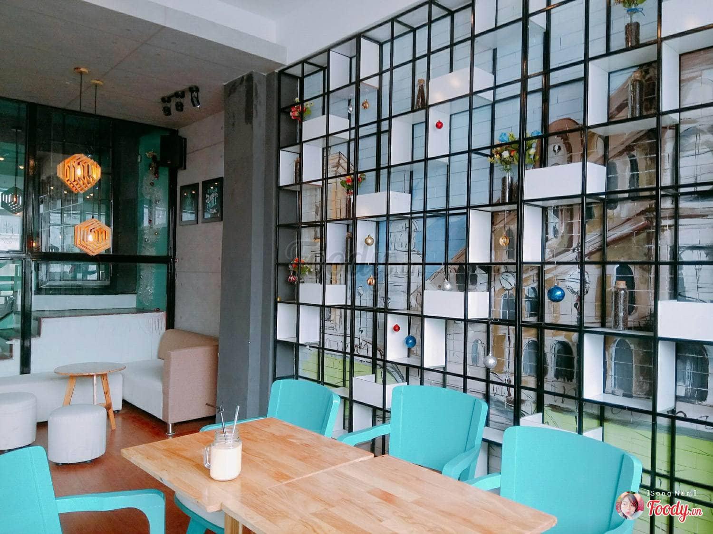 dn-8-quan-cafe-background-ton-sur-ton-don-tim-cac-tin-do-song-ao-37