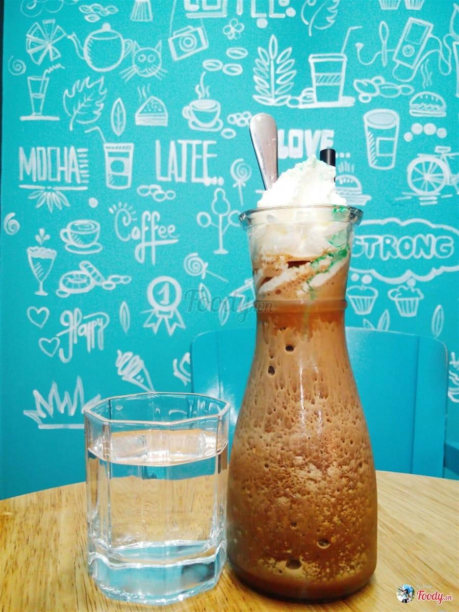 dn-8-quan-cafe-background-ton-sur-ton-don-tim-cac-tin-do-song-ao-38