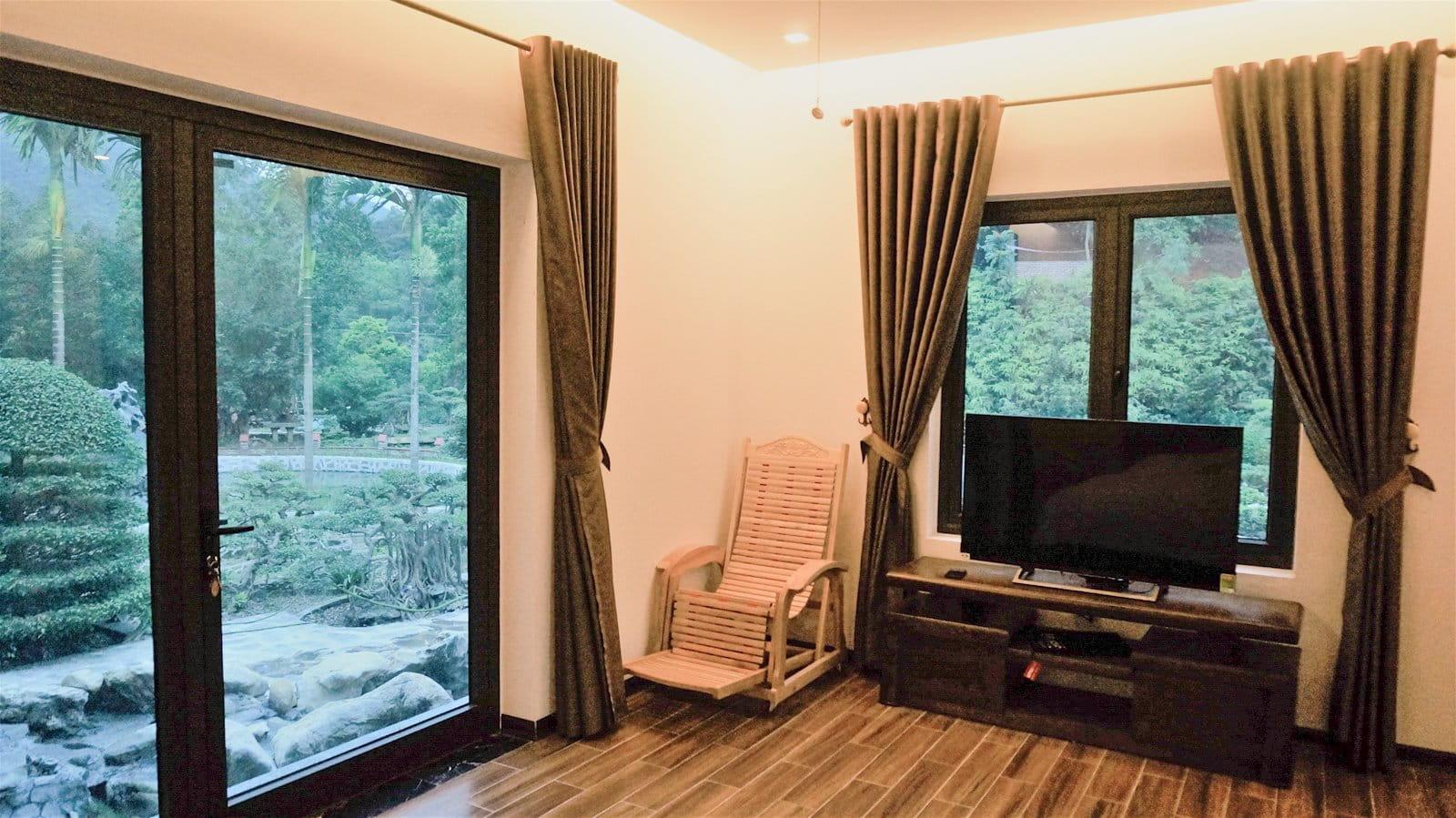 don-he-hoan-hao-tai-khu-resort-giua-rung-thong-xanh-trong-lanh-sat-xit-ha-noi-15