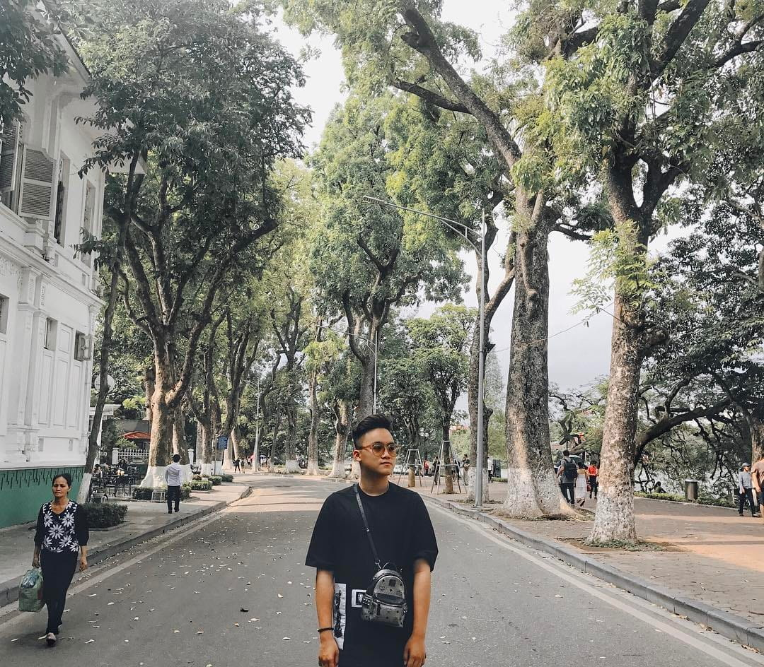 mach-nuoc-ca-loat-diem-chup-anh-song-ao-ootd-chat-lu-quanh-ha-noi-14