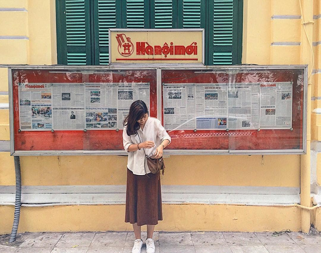 mach-nuoc-ca-loat-diem-chup-anh-song-ao-ootd-chat-lu-quanh-ha-noi-21