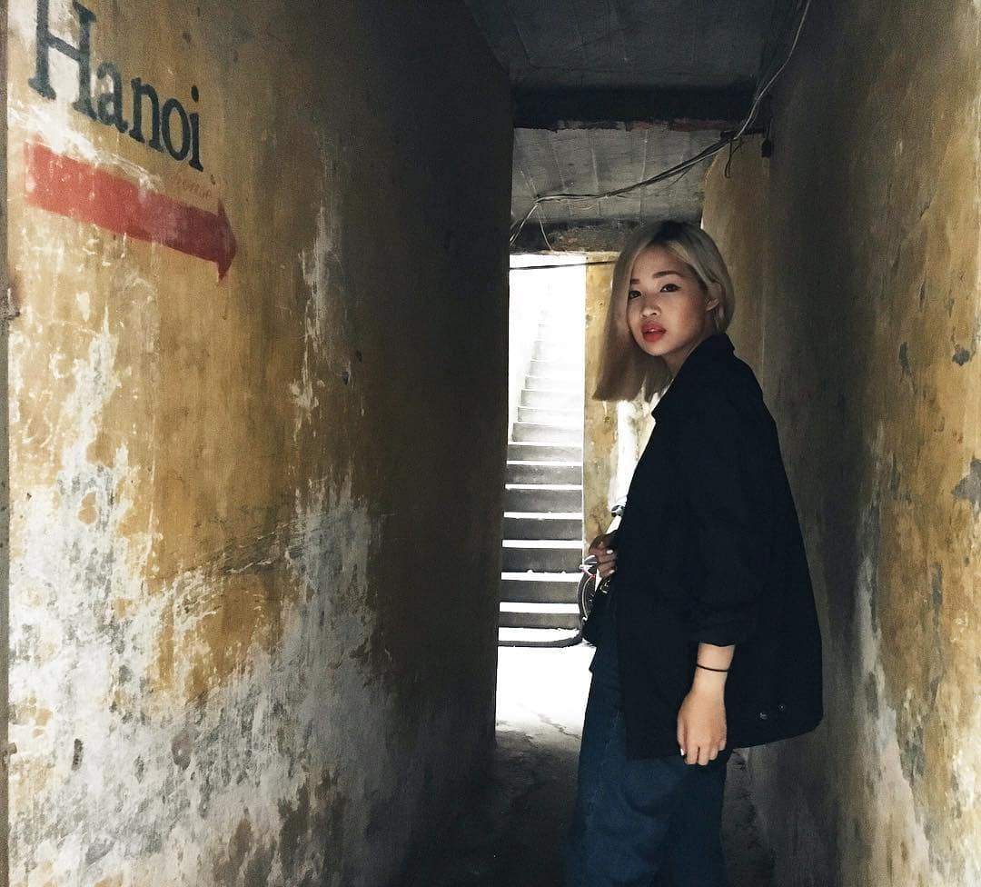 mach-nuoc-ca-loat-diem-chup-anh-song-ao-ootd-chat-lu-quanh-ha-noi-32