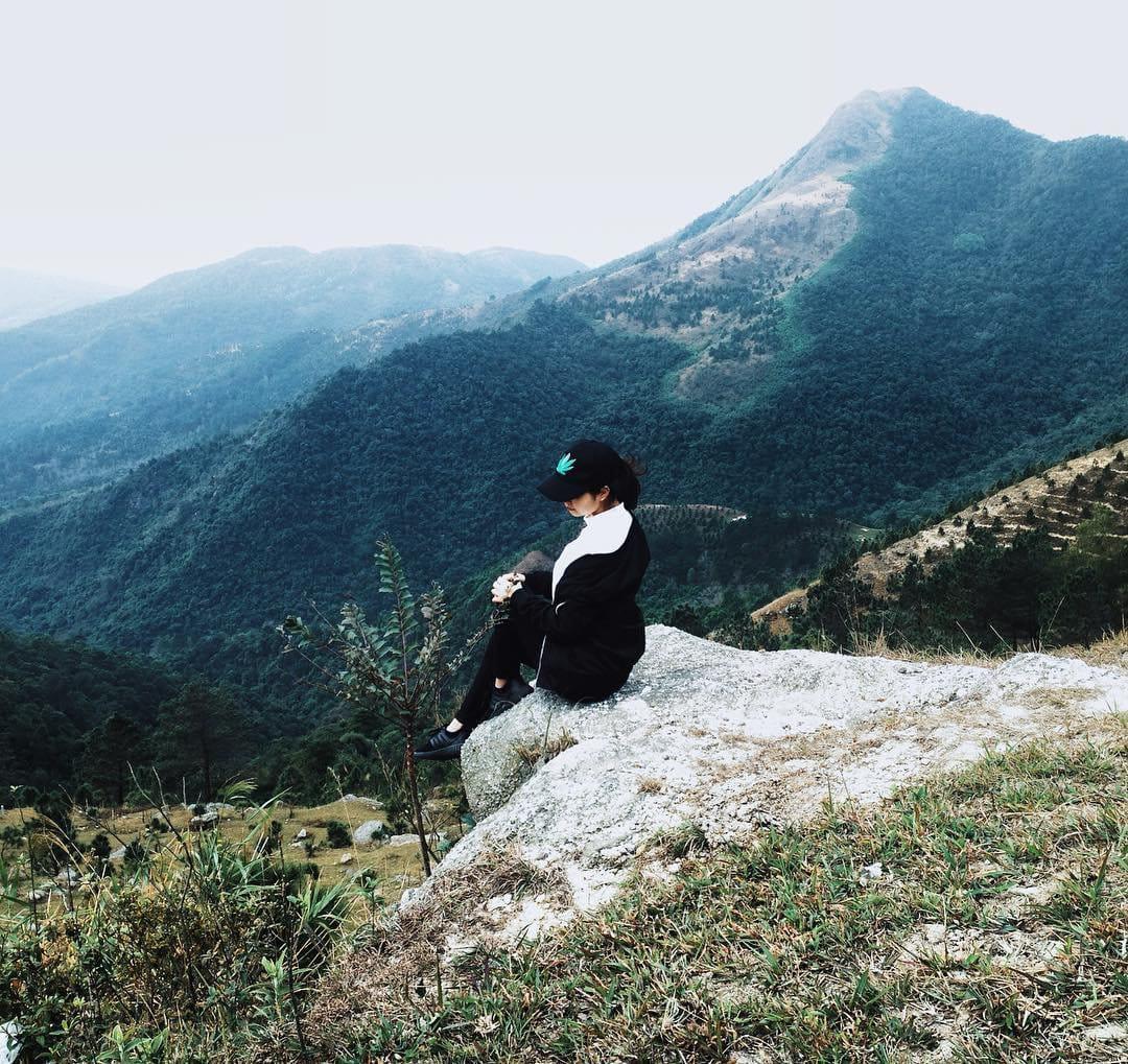 om-tim-hoc-kinh-nghiem-trekking-nui-da-chong-doc-nhat-viet-nam-ai-cung-muon-thu-11
