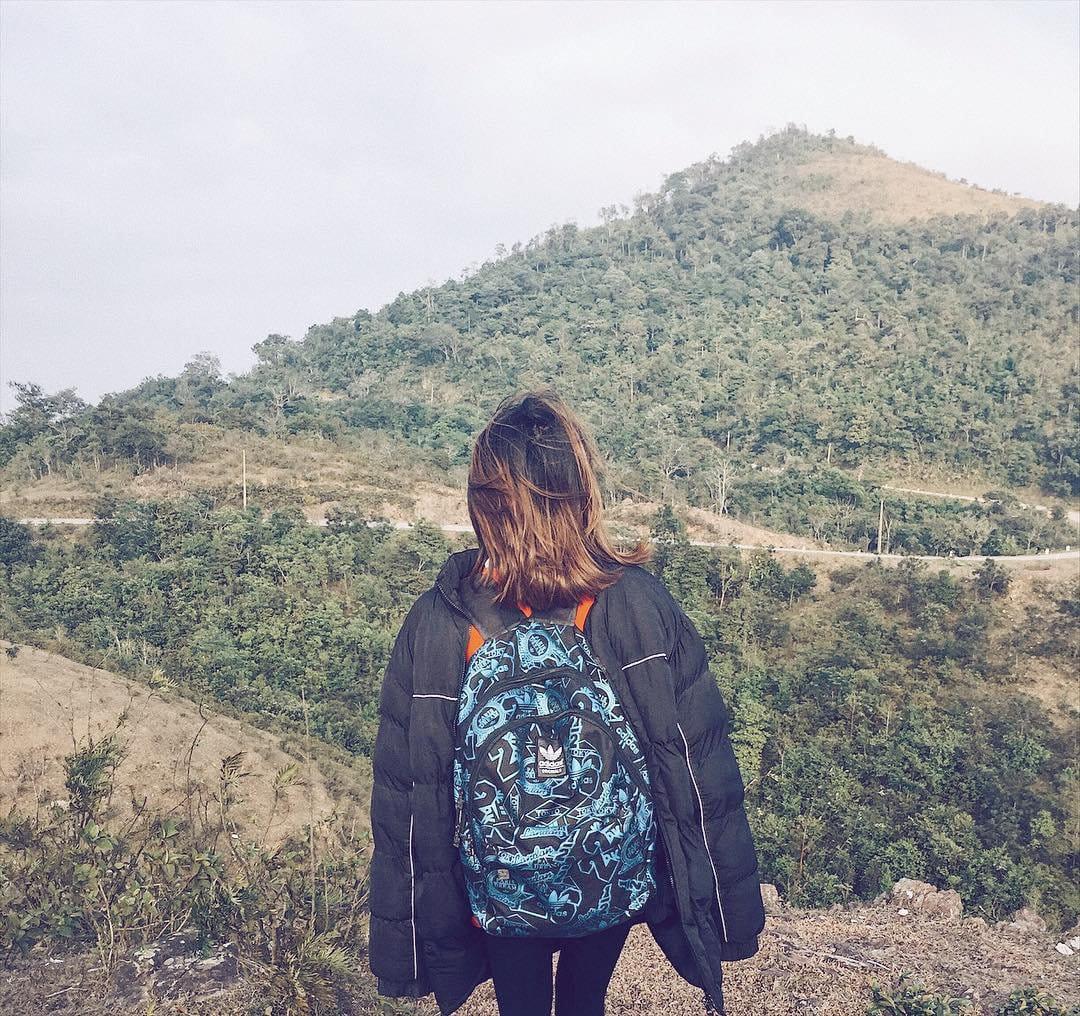 om-tim-hoc-kinh-nghiem-trekking-nui-da-chong-doc-nhat-viet-nam-ai-cung-muon-thu-28